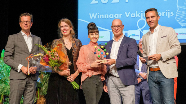 Hergebruik van afgedankt textiel wint de Innovatieprijs 2021