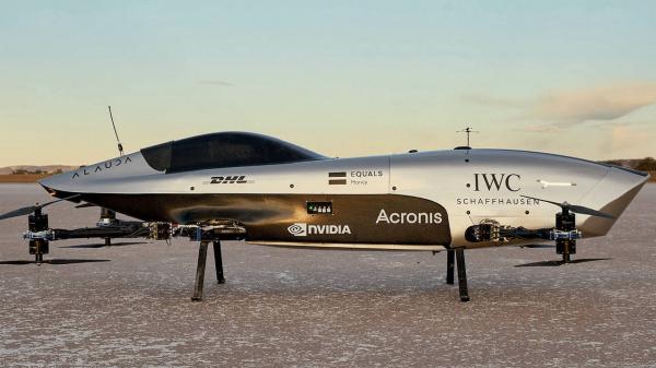 De vliegende elektrische racewagen maakt zijn eerste vluchten