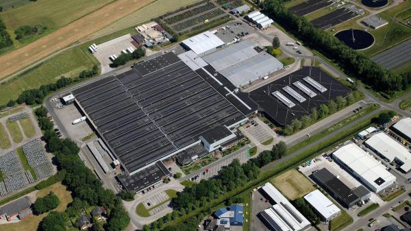 Royal FloraHolland plaatst ruim 25.000 zonnepanelen op haar daken