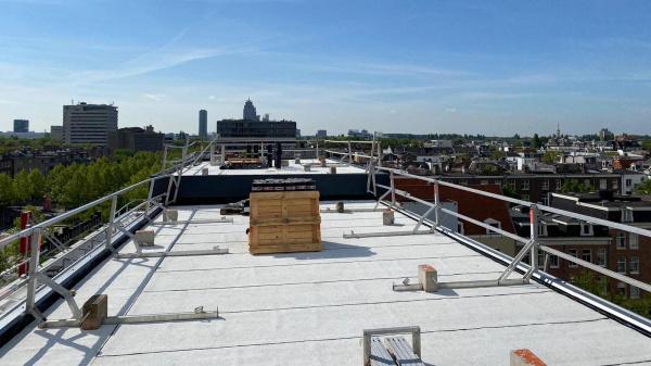 Platte daken worden energiedaken